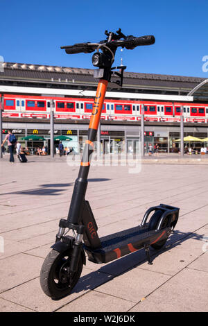 Circ electric scooters for rental at the main station, Cologne, Germany.  Circ Elektroscooter zum mieten am Hauptbahnhof, Koeln, Deutschland. - Stock Photo