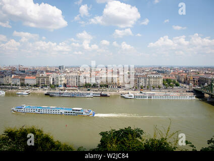 Cruise vessels on the River Danube - the view over Budapest from Gellert Hill - Stock Photo