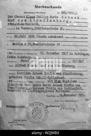 Claus von Stauffenberg death certificate issued in 1951, Claus Philipp Maria Schenk Graf von Stauffenberg (1907 – 1944) German army officer. Stauffenberg was one of the leading members of the failed 20 July plot of 1944 to assassinate Adolf Hitler, he was executed by firing squad shortly after the failed attempt known as Operation Valkyrie. - Stock Photo