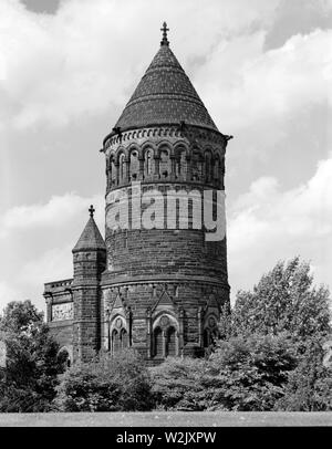 President James Abram Garfield Monument, 12316 Euclid Avenue, Cleveland, Cuyahoga County, Ohio, USA, Photograph by Martin Linsey, Historic American Buildings Survey, 1930's - Stock Photo