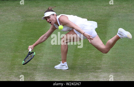 London, UK. 9th July, 2019. Simona Halep (ROU) during her match against Shuai Zhang (CHN) in their Ladies' Singles Quarter-Finals match. Credit: Andrew Patron/ZUMA Wire/Alamy Live News - Stock Photo