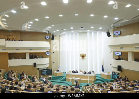 Moscow, Russia. 10th July, 2019. MOSCOW, RUSSIA - JULY 10, 2019: A plenary session of the Federation Council, the upper house of the Russian parliament. Mikhail Tereshchenko/TASS Credit: ITAR-TASS News Agency/Alamy Live News - Stock Photo