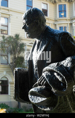 Statue of Peter Fraser, Prime Minister 1940-49, outside former Government Buildings, Wellington, North Island, New Zealand - Stock Photo