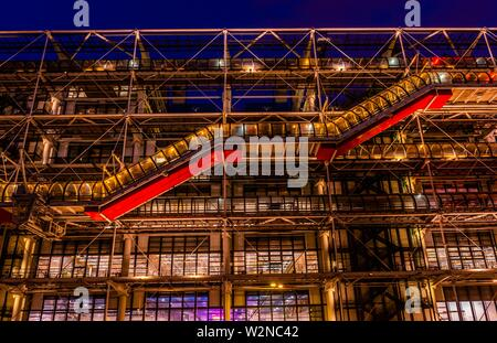 Centre Georges Pompidou, a multi-use complex designed by architects Richard Rogers and Renzo Piano, along with Gianfranco Franchini; Paris, France. - Stock Photo