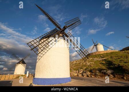 molinos de Consuegra, cerro Calderico, Consuegra, provincia de Toledo, Castilla-La Mancha, Spain. - Stock Photo