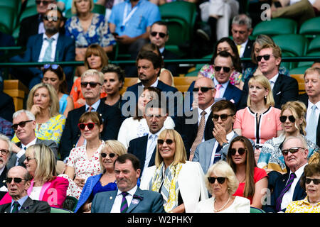 London, UK, 10th July 2019: The royal box fills up with spectators for the Mens Singles Quarter Final between Goffin and Djokovic at day 9 at the Wimbledon Tennis Championships 2019 at the All England Lawn Tennis and Croquet Club in London. Credit: Frank Molter/Alamy Live news - Stock Photo