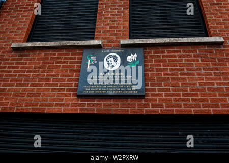Falls road,Belfast. Sinn Fein political party head office. - Stock Photo
