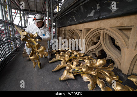 (190711) -- LONDON, July 11, 2019 (Xinhua) -- Photo taken on March 14, 2018 shows decorative roof parts being inspected in London, Britain. The 'Big Ben' bell turns 160 years since it began striking the hour on July 11, 1859. (Mark Duffy/UK Parliament handout via Xinhua) HOC MANDATORY CREDIT: UK Parliament/Mark Duffy - Stock Photo