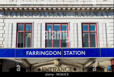Signage of the front entrance to Farringdon Underground Station, Central London - Stock Photo