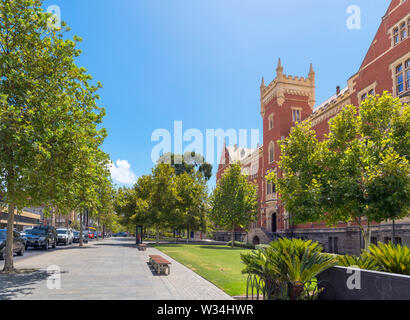 North Terrace with the Brookman Hall building of the University of South Australia (UniSA) on the right, City East Campus, Adelaide, South Australia - Stock Photo