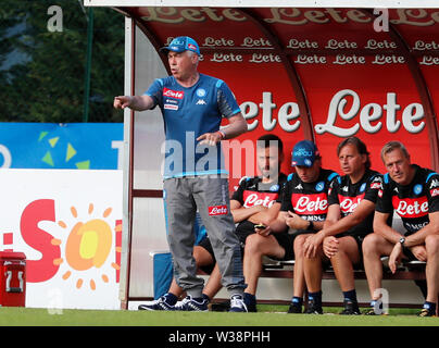 Stadium Carciato, Dimaro, Italy. 13th July, 2019. Pre-season football freindly, Napoli versus Benevento; Carlo Ancelotti coach of Napoli gestures to his players Credit: Action Plus Sports/Alamy Live News - Stock Photo