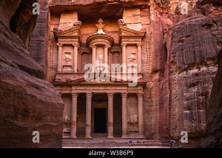 Al Khazneh (The Treasury) at Petra, jordan