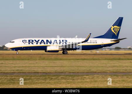 Irish Ryanair Boeing 737-800 with registration EI-EMA on take off roll on runway 36L (Polderbaan) of Amsterdam Airport Schiphol. - Stock Photo