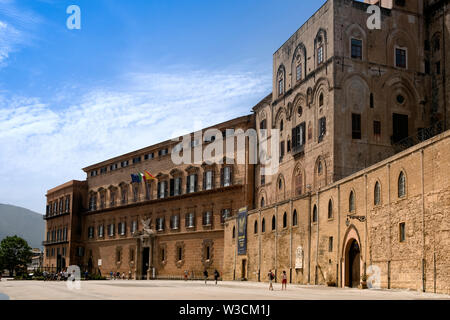 Palazzo dei Normanni was the seat of the Kings of Sicily. It also include  the Cappella Palatina and Royal apartments both popular tourist attractions - Stock Photo