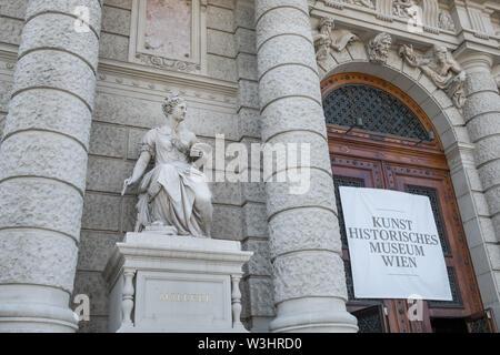 Exterior facade detail of Kunsthistorisches Museum (Museum of Art History), Maria-Theresien-Platz, Vienna, Austria - Stock Photo