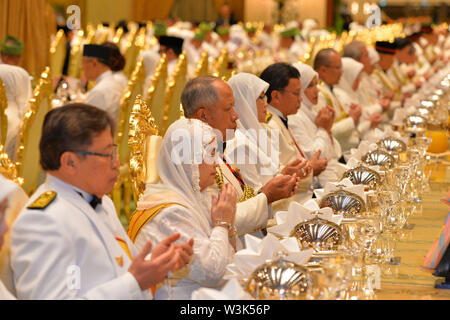 (190716) -- BANDAR SERI BEGAWAN, July 16, 2019 (Xinhua) -- Senior government officials and other invited guests attend a state banquet in celebration of Brunei's Sultan Haji Hassanal Bolkiah's 73rd birthday at Istana Nurul Iman, the royal palace, in Bandar Seri Begawan, capital of Brunei, July 15, 2019. Around 4,000 people comprising of members of the royal families, state dignitaries and foreign diplomatic corps, as well as foreign invited guests attended a grand state banquet in conjunction with the Sultan's 73rd birthday celebration on Monday night at the royal palace - Istana Nurul Iman. - Stock Photo