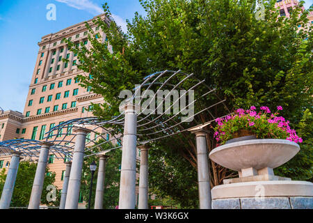 Buncombe County Courthouse and Pack Square Park, Asheville, North Carolina, USA. - Stock Photo
