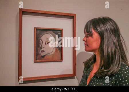 London UK 17 July 2019 Self Portrait 1935 ,Oil in canvas.The new Royal Academy exhibition Helene Schjerfbeck, 20 July to 27 October, the Finnish artist, not very well know in the UK, this is the first exhibit of her work, mostly portraits, that will put this artist in the artistic pedestal she deserves. Paul Quezada-Neiman/Alamy Live News - Stock Photo
