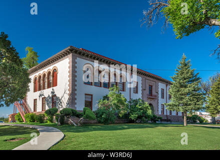 Rodgers Hall, Administration Offices of New Mexico Highlands University, Las Vegas, New Mexico, USA - Stock Photo