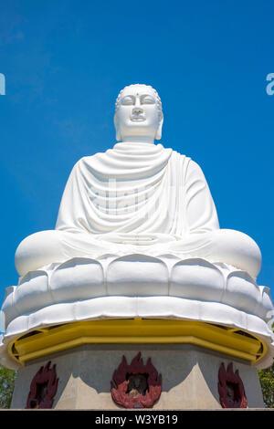 Giant Buddha at Long Sơn Pagoda (Chùa Long Sơn) Buddhist temple, Nha Trang, Khánh Hòa Province, Vietnam - Stock Photo