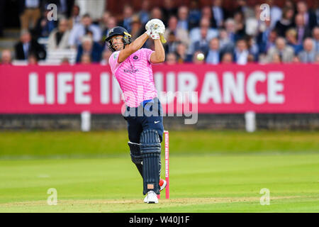 LONDON, UNITED KINGDOM. 18th Jul, 2019. Daivd Malan (C) of Middlesex during T20 Vitality Blast Fixture between Middesex vs Essex Eagles at The Lord Cricket Ground on Thursday, July 18, 2019 in LONDON ENGLAND. Credit: Taka G Wu/Alamy Live News - Stock Photo