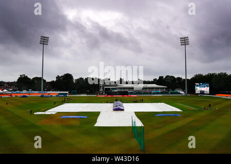 19th July 2019, Fischer County Ground, Vitality Blast T20 Cricket match, Leicestershire versus Lancashire Lightning; The covers are on at the Fischer County Ground as drizzle falls before the match - Stock Photo