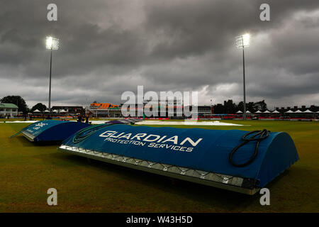 19th July 2019, Fischer County Ground, Vitality Blast T20 Cricket match, Leicestershire versus Lancashire Lightning; The covers return to the pitch following more rain before the start of the match - Stock Photo