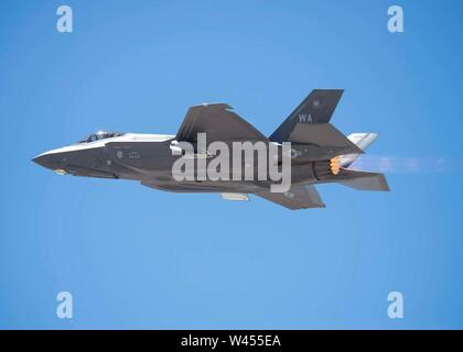 A Marine F-35B Lightning II fighter jet, Marine Fighter Attack Squadron 122 (VMFA-122) at Marine Corps Air Station Yuma, Arizona, takes off from Nellis Air Force Base, Nev., July 18, 2019. This is VMFA-122's first time participating in Red Flag and only the second time a Marine F-35B unit has trained in Red Flag. (U.S. Air Force photo by Airman 1st Class Bryan Guthrie) - Stock Photo