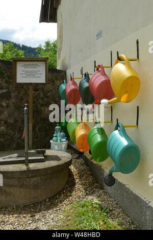 GIESSKANNEN . WATERING CANS - Stock Photo