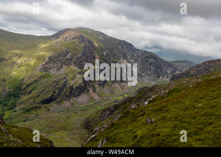 View down into the Llanberis Pass from the Snowdon railway - Stock Photo