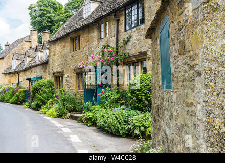 Cotswold Cottages in the village of Snowshill in the Cotswold Hills - an Area of Outstandin Natural Beauty in south Central  and south West England - Stock Photo
