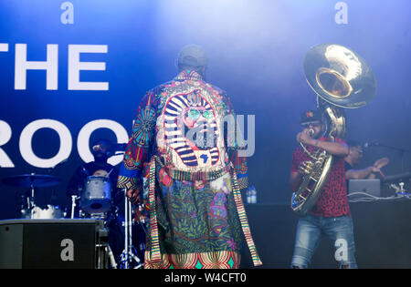 Tariq 'Black Thought' Trotter and  Tuba Gooding, Jr. (Damon Bryson) performing with The Roots, on the main stage at the OnBlackheath Music Festival 2019 - Stock Photo