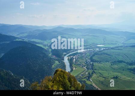 Beautiful panoramic view of the Pieniny National Park, Poland in sunny september day from Trzy Korony - English: Three Crowns, Slovak: Tri koruny - is - Stock Photo
