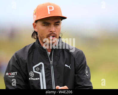 21st July, Portrush, Country Antrim, Northern Ireland; The 148th Open Golf Championship, Royal Portrush, final round; Rickie Fowler (USA) prepares to putt at the 10th green - Stock Photo
