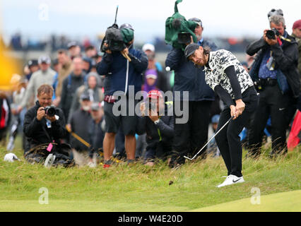 21st July, Portrush, Country Antrim, Northern Ireland; The 148th Open Golf Championship, Royal Portrush, final round; Tommy Fleetwood (ENG) plays his third shot at the 10th hole - Stock Photo
