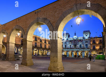 The Plaza Mercado Chico with the Ayuntamiento, town hall, in the background, Avila, Spain - Stock Photo