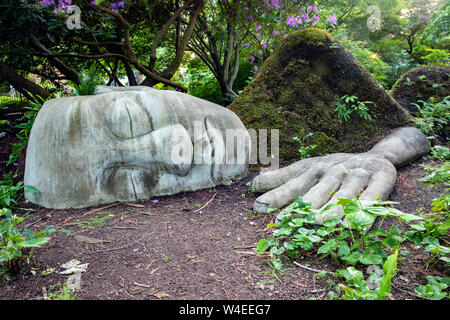 Moss Lady sculpture at night in Beacon Hill Park - Victoria, Vancouver Island, British Columbia, Canada - Stock Photo