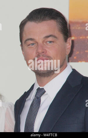 Los Angeles, USA. 22nd July 2019. Leonardo DiCaprio 07/22/2019 The Los Angeles Premiere of 'Once Upon A Time In Hollywood' held at the TCL Chinese Theatre in Los Angeles, CA Photo by Izumi Hasegawa/HollywoodNewsWire.co Credit: Hollywood News Wire Inc./Alamy Live News - Stock Photo