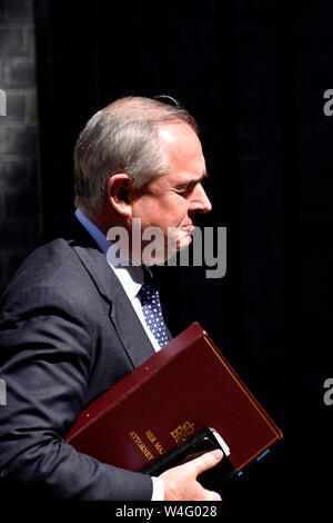 London, UK. 23rd July 2019. Ministers leave 10 Downing Street after Theresa May's last cabinet meeting as prime minister. Geoffrey Cox QC MP - Attorney General Credit: PjrFoto/Alamy Live News - Stock Photo