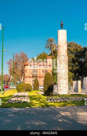 El monumento a Juan Sebastian Elcano and Costurero de la Reina, Seville, Spain
