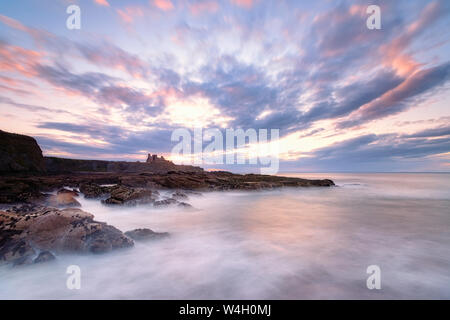 View to Tantallon Castle at sunset, North Berwick, East Lothian, Scotland Stock Photo