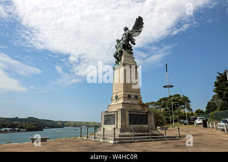 Memorial to Scott and his crew at Mount Wise in Devonport. A public park overlooking the Hamoaze and Cornwall. - Stock Photo
