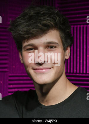 Berlin, Germany. 22nd July, 2019. The singer Wincent Weiss comes to the unveiling of his wax figure in Madame Tussauds. Credit: Jens Kalaene/dpa-Zdntralbild/dpa/Alamy Live News - Stock Photo