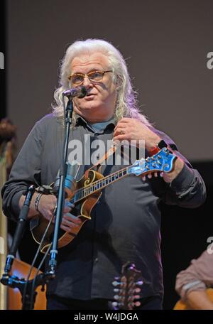 Hiawassee, GA, USA. 23rd July, 2019. Ricky Skaggs on stage for Ricky Skaggs in Concert, Georgia Mountain Fairgrounds, Hiawassee, GA July 23, 2019. Credit: Derek Storm/Everett Collection/Alamy Live News - Stock Photo
