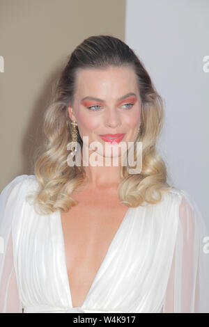 Los Angeles, USA. 22nd July, 2019. Margot Robbie 07/22/2019 The Los Angeles Premiere of 'Once Upon A Time In Hollywood' held at the TCL Chinese Theatre in Los Angeles, CA Credit: Cronos/Alamy Live News - Stock Photo