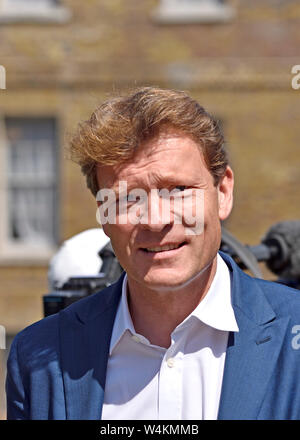 Richard Tice MEP, chairman of the Brexit Party, on College Green, Westminster, July 2019 - Stock Photo