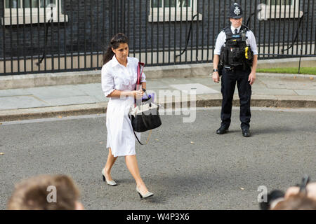 Downing Street, London, UK. 24th July, 2019. As Boris Johnson is sworn in as the next Prime Minister new members of his cabinet arrive at Downing Street. Penelope Barritt/Alamy Live News - Stock Photo