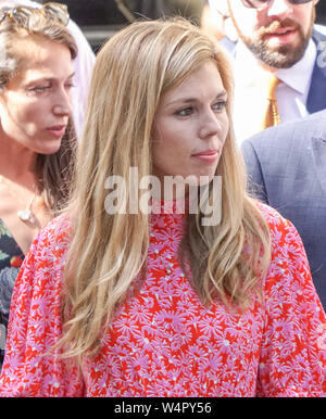 London, UK. 24th July, 2019. New Prime Minister Boris Johnson's girlfriend Carrie Symonds waits for Boris Johnson to arrive at Number 10 of Downing Street in London. Credit: SOPA Images Limited/Alamy Live News - Stock Photo