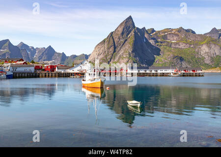 Scenic view of Hamnøy or Hamnøya, a small fishing village on Moskenesøya, in the Lofoten Archipelago, above the Arctic Circle, Nordland, Norway. - Stock Photo
