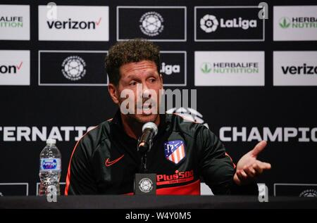 East Rutherford, USA. 25th July, 2019. Head coach of Atletico de Madrid soccer team, Argentinian Diego Simeone, speaks during a press conference at Metlife stadium in East Rutherford, New Jersey, USA, 25 July 2019. Atletico de Madrid will face Real Madrid as part of International Champions Cup on 26 July 2019. Credit: Kena Betancur/EFE/Alamy Live News - Stock Photo